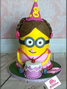3D taart Minion meisje / girl met hoedje en taartje.