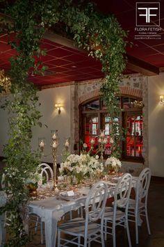 Duchman Winery | Flora Fetish - Floral Design | Jerry Hayes Photography | Premiere Events | #weddinginspiration #texasvendors #duchmanwinery