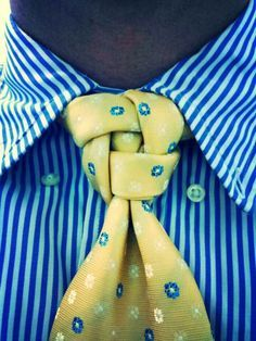 The Finfrock knot, an original knot designed by David Finfrock | See more about Knot, David and Originals.