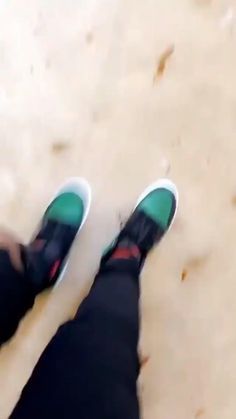 Shoes Gif, Freaky Relationship Goals Videos, Girl Pictures, Photo Ideas, Kicks, Jordans, Swag, Converse, Adidas