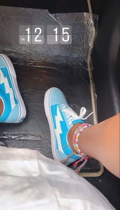 Cute Sneakers, Best Sneakers, Sneakers Fashion, Nike Air Shoes, Vans Shoes, Shoes Sneakers, Cute Vans, Swag Shoes, Bff