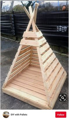 Suzi Wood Working 19 Most Trendy Wood Pallet Projects On Sensod - Sensod - Create., 19 Most Trendy Wood Pallet Projects On Sensod - Sensod - Create. Pallet project for kids play house Garten: Ideen, DIY, Must Haves und. Wooden Pallet Projects, Wooden Pallets, Diy Projects, Wood Projects For Kids, Woodworking Projects For Kids, Recycled Pallets, Project Ideas, 1001 Pallets, House Projects