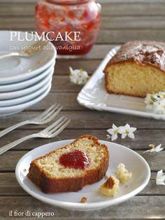 Plumcake con yogurt alla vaniglia