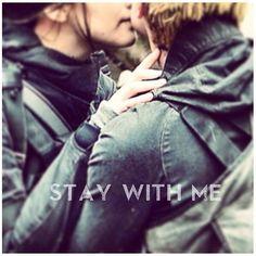 Stay with me #Katniss #Peeta #Sinsajo