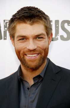 Liam McIntyre Hairstyle