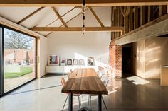 A Suffolk Barn Home With Soaring Ceilings Listed at $1.95M - Dwell
