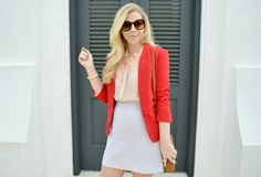 I love the color pairing of this outfit.