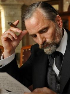 Viggo Mortensen as Sigmund Freud - Film On Air Magazine Sigmund Freud, The Rest Is Silence, Gustav Jung, People Smoking, Viggo Mortensen, Good Cigars, Renaissance Men, Cigar Smoking, Historical Romance
