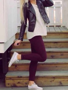 Superior Casual Fall Outfits It's important to The police officer This Event. casual fall outfits for work Legging Outfits, Outfits With Converse, Converse Sneakers, Red Converse, Maroon Converse Outfit, White Chucks Outfit, Casual Leggings Outfit, Leggings And Converse, Boy Leggings