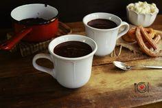Receta de chocolate para churros o chocolate a la taza. Es una receta muy fácil de hacer. Incluye un vídeo para ver el paso a paso.
