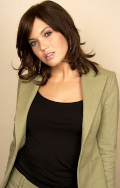 Celebrity Hairstyle: mandy moore top hair styles.