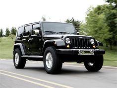 A Black Jeep Sahara Pls