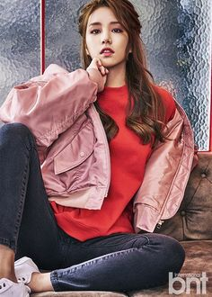 LABOUM's Solbin Discusses Her Dreams, Rivals, and More with 'International bnt' | Koogle TV