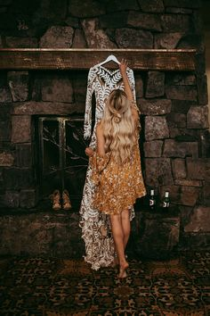 RUE DE SEINE BRIDAL // AVRIL GOWN // - photo by Tricia Victoria Photography http://ruffledblog.com/elopement-inspiration-with-a-show-stopping-boho-lace-gown