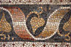 Byzantine mosaic from Great Palace Mosaic Museum, Istanbul, Turkey. Mosaic Pots, Mosaic Glass, Mosaic Tiles, Early Christian, Christian Art, Byzantine Art, Byzantine Mosaics, Décor Antique, Stone Mosaic