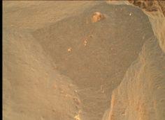 MAHLI raw image - NASA Mars Science Laboratory Curiosity Rover