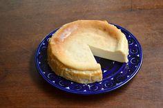 ほぼ日刊イトイ新聞 - なかしましほさんのちいさなレシピを1ダース。:Shiho Nakashima's, delicious baked cheese cake is simple140 character recipes !