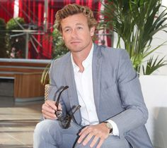 Simon Baker - I'd forgotten how much I truly enjoy looking at him. Simon Baker, Justin Bieber Songs, Robin Tunney, Love Simon, Patrick Jane, Bedroom Eyes, Hey Good Lookin, The Mentalist, Daniel Craig