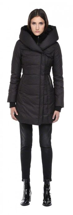 SOIA & KYO - CAMYL BLACK WINTER DOWN COAT FOR WOMEN WITH LARGE HOOD