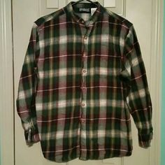 Apparatus flannel (211) Apparatus flannel girls size 14/16 but can fit women size small apparatus  Tops Button Down Shirts