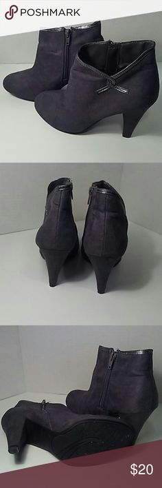 Trendy ankle boots These faux suede ankle booties were worn once, they are in great condition. Predictions  Shoes Ankle Boots & Booties