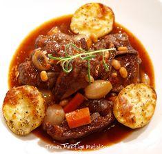 Fransk lammegryte med ovnstekte poteter   TRINES MATBLOGG Western Food, Pot Roast, Lamb, Meat, Baking, Ethnic Recipes, Inspiration, Bon Appetit, Carne Asada
