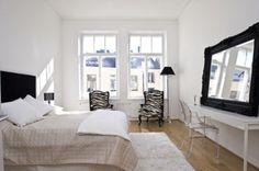 V nadaljevanju preverite naš izbor najlepših skandinavskih spalnic, ki naj vam bo v pomoč pri opremljanju vaše spalnice ...