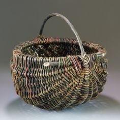 """Jo Campbell-Amsler will be teaching """"Step by Step Willow Rib Style Basketry"""" August 2017 at Peters Valley School of Craft Willow Weaving, Basket Weaving, Hand Weaving, Basket Willow, Big Basket, Old Baskets, Wicker Headboard, Rattan Basket, Basket Decoration"""
