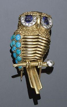 spilla in oro e platino, turchesi, zaffiri e diamanti Cartier, Paris 1950 circa - Sothebys