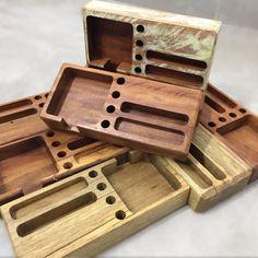 Scrap Wood Projects, Cnc Projects, Cool Woodworking Projects, Woodworking Shop, Wooden Laptop Stand, Wooden Pen Holder, Desk Organization Diy, Wood Framed Mirror, Wooden Pallets