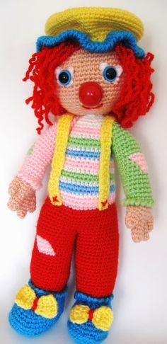 . Crochet Doll Clothes, Crochet Dolls, Crochet Patterns Amigurumi, Amigurumi Doll, Clowns, Knitting Projects, Crochet Projects, Crochet Octopus, Crochet Snowman