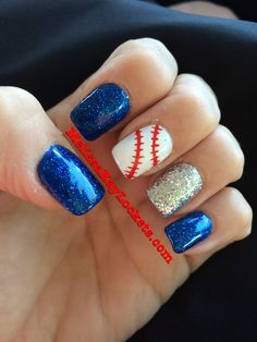 56 Beautiful Makeup for Fourth of July: Red White & Blue Sparkles - Fashiotopia Softball Nails, Baseball Nails, Baseball Cookies, Girls Softball, Blue Glitter Nails, White Nails, Blue Sparkles, Fancy Nails, Pretty Nails