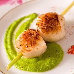 Découvrez la recette Saint-Jacques à la sauce euphorisante sur cuisineactuelle.fr.