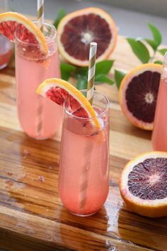 This blood orange champagne cocktail is the perfect easy cocktail recipe for entertaining! 15 twists on champagne cocktails infographic Spring Cocktails, Easy Cocktails, Cocktail Recipes, Drink Recipes, Fancy Drinks, Summer Drinks, Cold Drinks, Brunch Recipes, Healthy Recipes