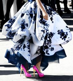 Amazing skirt combined with the perfect shoes!