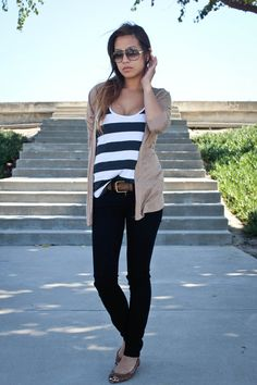 Stripes, beige cardigan, flats, leather belt, black skinny jeans