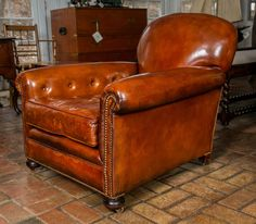 For Sale on - These ridiculously comfortable club chairs are covered in some of the finest leather upholstery we have seen. Plywood Furniture, Leather Furniture, Vintage Furniture, Furniture Ideas, White Kitchen Chairs, Masculine Room, Diy Home Bar, Art Deco Chair, Leather Club Chairs
