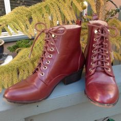 Maroon Leather Lace Up Ankle Boots by Chelsea Crew 6 or 6.5. So beautiful... If only they fit me! Smoke free home. Victorian hook and lace up look. Golden hardware. Chelsea Crew Shoes Ankle Boots & Booties