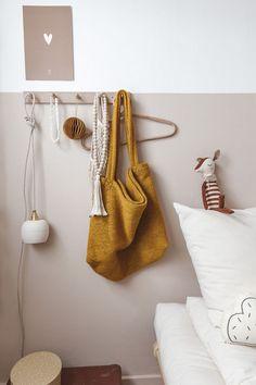 Beautiful colour palette in this kids bedroom Baby Bedroom, Kids Bedroom, Decoration Hall, Magazine Deco, Deco Retro, Design Blog, Nursery Design, Bedroom Styles, Fashion Room