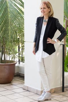 I like pairing black with white and cream   40plusstyle.com