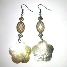 I just listed Pretty Flower Earrings on The CraftStar @TheCraftStar #uniquegifts