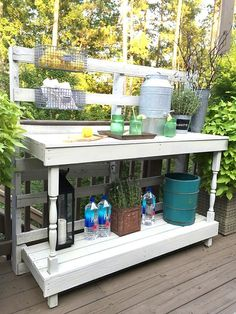 Pallet Potting Table   Rustic Farmhouse