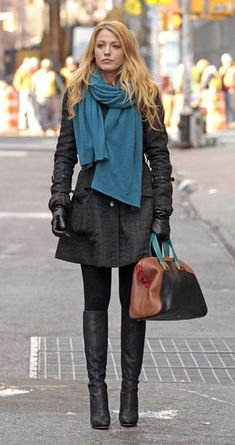 e35c197965d0 Winter outfits with scarfs Blake Lively Fashion