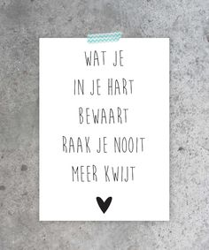 Afbeeldingsresultaat voor quotes over liefde Words Quotes, Wise Words, Sayings, Life Quotes Love, Best Quotes, Dutch Quotes, Happy Thoughts, Beautiful Words, Cool Words