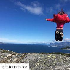 Hoppe av glede. #reiseliv #reisetips #reiseblogger #reiseråd  #Repost @anita.k.lundestad (@get_repost)  - L i n k e n - _________________________________________ #hoppendeglad#ferie