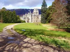 Ardverekie house. (Glen Bogle), Scotland by fadgadgetguy, via Flickr (Monarch of the Glen) Monarch Of The Glen, Golf Courses, Country Roads, Awesome, Buildings, Polyvore, Design, House, Women