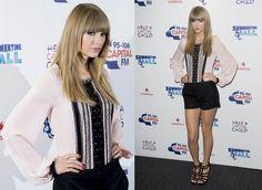 Celebrity Look: Taylor Swift In Oscar De La Renta Shorts | chic from hair 2 toe