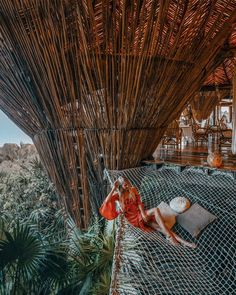 No better place to wait for your dinner then in a giant net above the jungle of Tulum.  #Tulum #Mexico