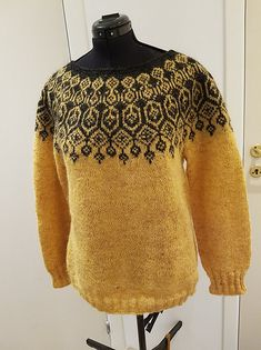 Pattern available in English, Norwegian and Swedish. Sweater Outfits, Men Sweater, Knit Sweaters, Icelandic Sweaters, Fair Isle Knitting, Yarn Projects, Sweater Design, Hand Dyed Yarn, Vintage Fashion