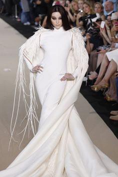 Fan Bingbing closing the Stephane Rolland Fall/Winter Couture 2012 show in Paris, July 3rd  This fierce queen shutting it DOWN